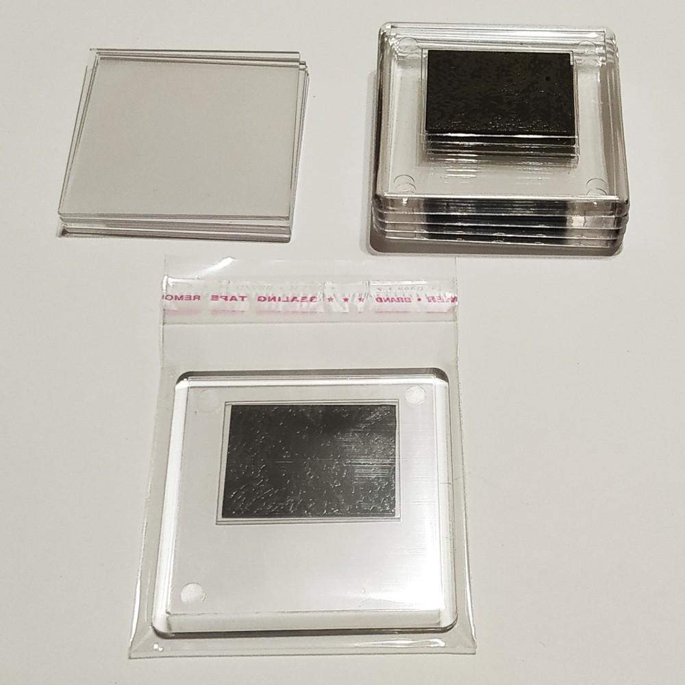 Квадратный акриловый магнитик 65*65 мм (прозрачный)