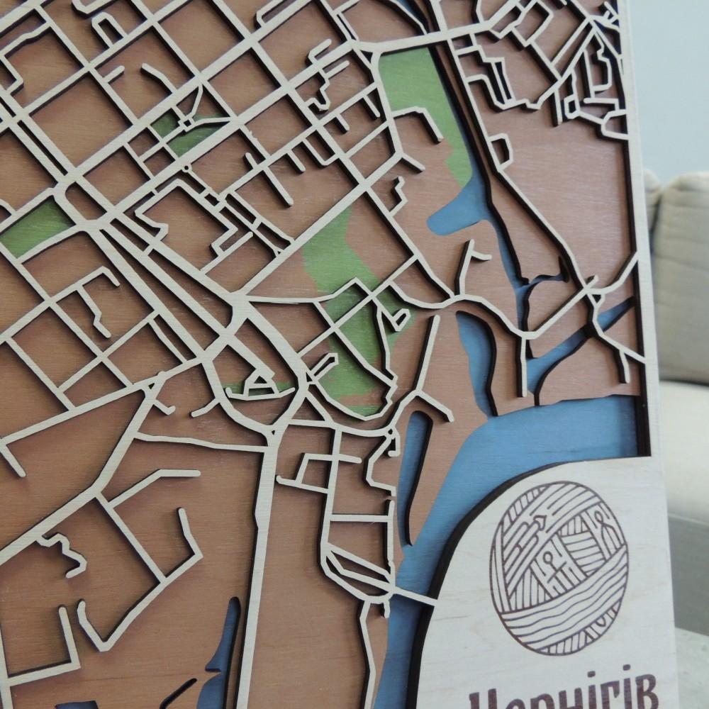 Настінна об'ємна 3D-мапа план міста та вулиць Чернігова з дерева з підставкою