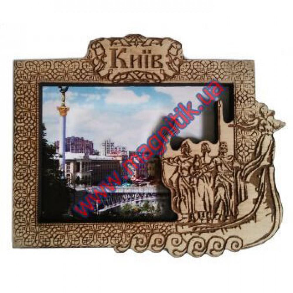 Магнітики дерев'яні. Місто Київ. Майдан Незалежності