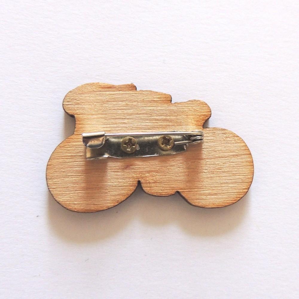 Изготовление значков деревянных под заказ